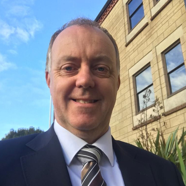 andy mansell - Meet The Team